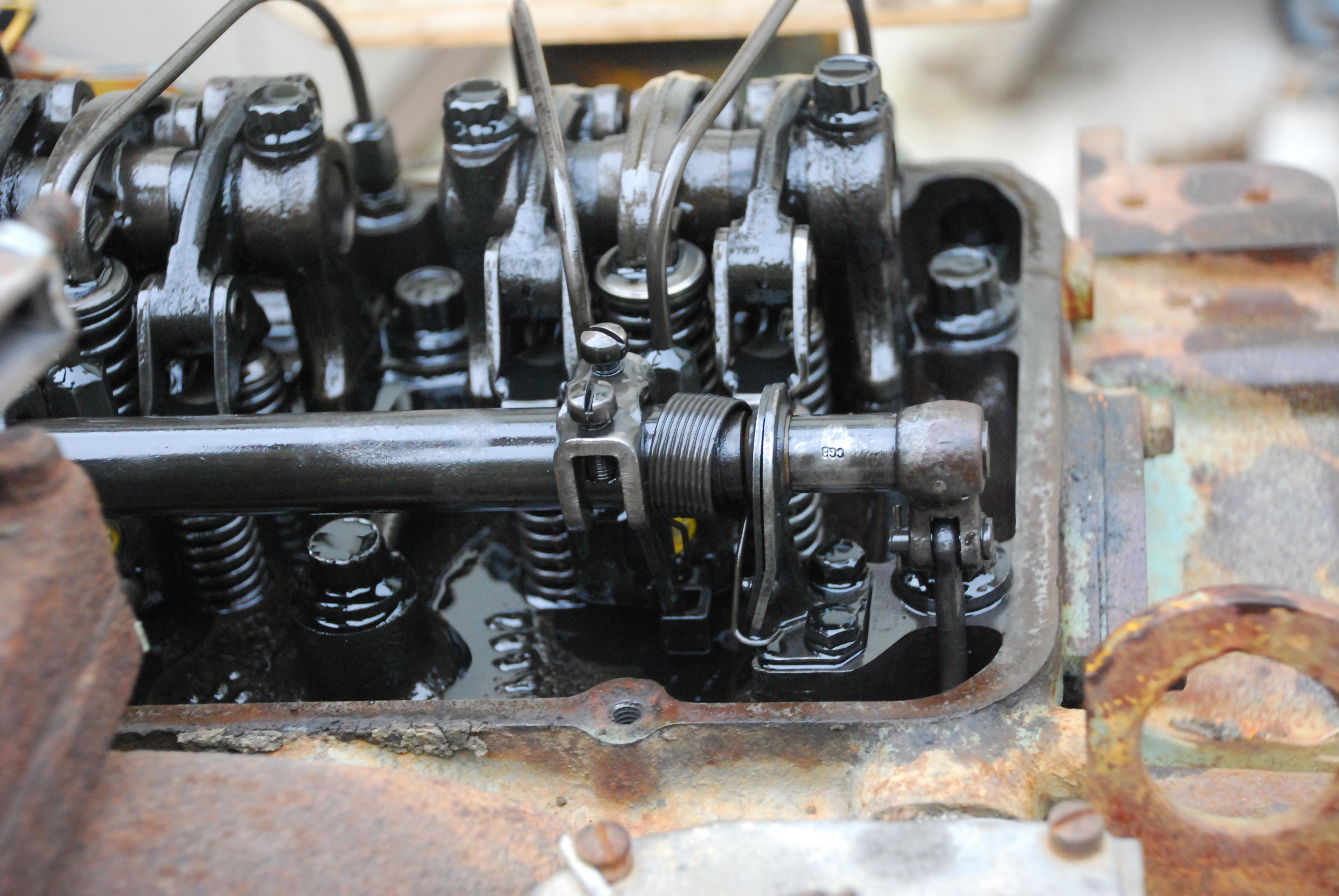 0005 jpg of Detroit Diesel 353 ==> Stuck Injector